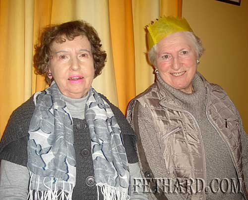 Photographed at Fethard Bridge Club Christmas Party are L to R: Alice Quinn and Kay St. John.