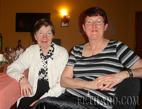 Photographed at Fethard Bridge Club Christmas Party are L to R: Carol Kenny and Gemma Burke.