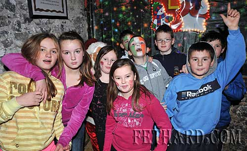 Boys and girls enjoying the music at the Photographed at the Christmas Party at The Castle Inn Fethard last Sunday afternoon.