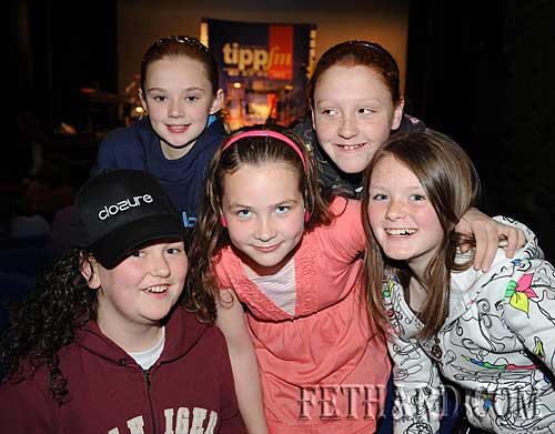 Photographed at the 'Clozure' boy band concert in the Abymill Theatre in aid of Fethard and District Day Care Centre are Back L to R: Aileen Butler, Niamh Shanahan. Front L to R: Niamh O'Meara, Jessie McCarthy, Katie Butler