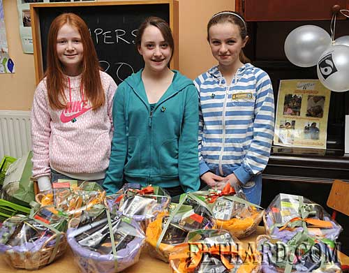 Photographed at the Nano Nagle National School's 'Challenge to Change' project highlighting the sale of Fairtrade and 'Sharing Fair' goods are L to R: Aine Proudfoot, Jane Morrissey and Kiya Burke.