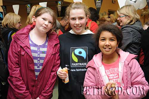 Photographed at the Nano Nagle National School's 'Challenge to Change' project highlighting the sale of Fairtrade and 'Sharing Fair' goods are L to R: Jennifer Rice, Kate Quigley and Ebony Burke.
