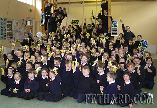 Pupils photographed at Fethard's Nano Nagle National School 'Go Bananas' event organised as part of their 'Challenge to Change' Fairtrade project in the school to promote justice in trade between Irish consumers and producers and workers in developing countries. The 'Go Bananas' event was the the finale to Fairtrade Fortnight 2009 where thousands of people all over the country were asked to eat a Fairtrade banana between noon on Friday 6 March to noon on Saturday 7 March to set a world record for the largest number of Fairtrade bananas eaten over a 24 hour period! It will unite all stakeholders: campaigners, licensees, retailers, and people in other countries in an international record breaking event.