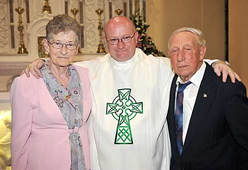 Rev. Fr. Peter McGrath photographed with his parents Michael and Betty McGrath at his Thanksgiving Mass in the Church of the Nativity Cloneen on the 12th June.  Peter was ordained to the Priesthood for the Diocese of Tyler Texas on Saturday 23rd May 2009