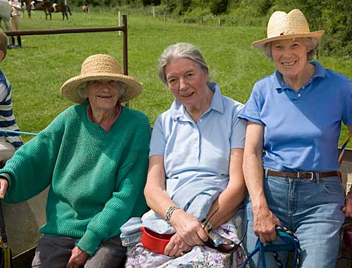 L to R: Mrs Lalor, Judy Butler and Rosemary Ponsonby enjoying the Killusty Show
