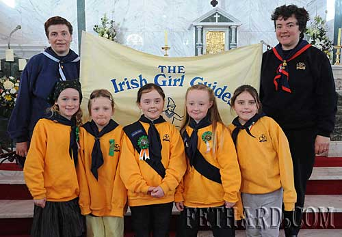 Fethard Brownies photographed at the St. Patrick's Mass in Holy Trinity Church Fethard. Back L to R: leaders Teresa Hurley and Catherine O'Donnell. Front L to R: Amy Brophy, Noelle O'Meara, Sara Slattery, Sally Nagle and Shannon Thompson.
