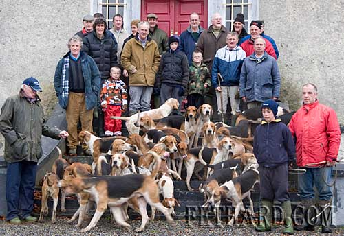 Ballylusky White Heather Harriers ready for road on Sunday morning last following refreshments at The Rectory House, Fethard.
