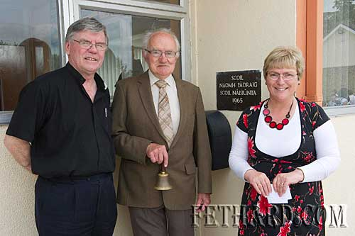 L to R: Canon Tom Breen P.P., past-pupil Tony Newport, who rang the last bell, and Mrs Patricia Treacy, school principal.