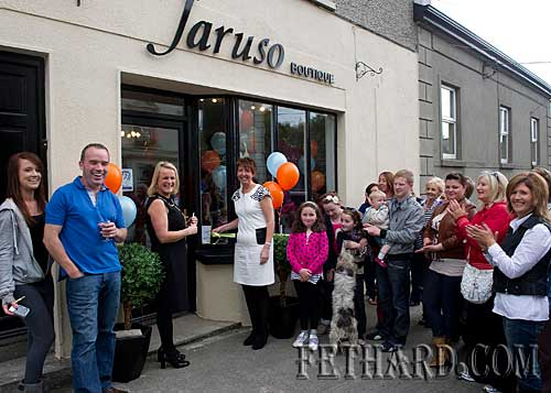 Geraldine Donohoe cutting the tape at the official opening of Jaruso Boutique in Fethard