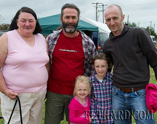Photographed at Fethard Community Family Field Day L to R: Geraine O'Donnell, Bill Kennedy, Niamh Daly, Aoibhín Daly and Donal Daly.