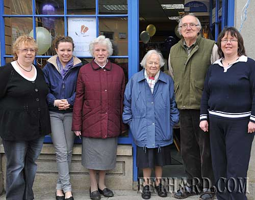 Members of the Newport extended family celebrating the 90th Anniversary of their Newsagency shop in Fethard L to R: Margaret Newport, Mary Jane Kearney, Goldie Newport, Mary and Tony Newport and Edwina Newport.