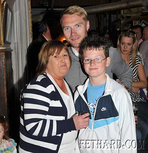 Ronan Keating photographed with local fans