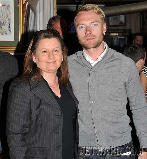Ronan Keating photographed with local fan