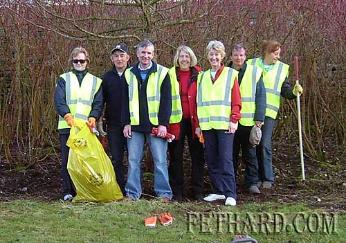 Members of Fethard Tidy Towns photographed during the recent Clean-up fo the river walk L to R: Ann Cooney, Tom Tobin, Eamonn Kennedy, Thelma Griffith, Fionnuala O'Sullivan, Brian Sheehy and Rosemary O'Donnell.