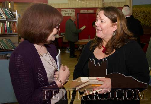 L to R: Mary Hanrahan talking to Maura Barrett (manager Slieveardagh Rural Development Centre).