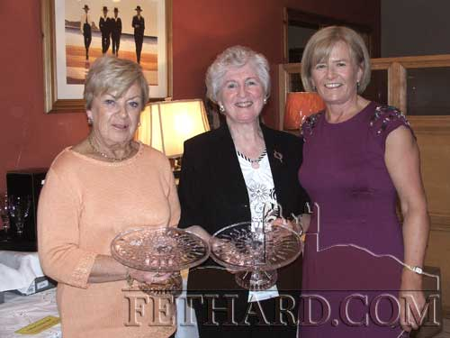 Carmel Condon (right) presenting the Committee Prize to Rita Kenny (left) and Kay St. John.