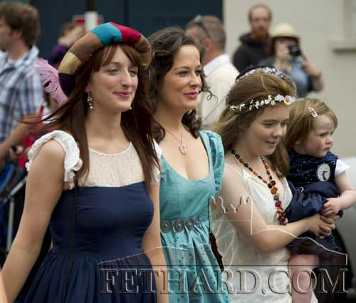 CLICK HERE for lots of Fethard Medieval Festival photographs