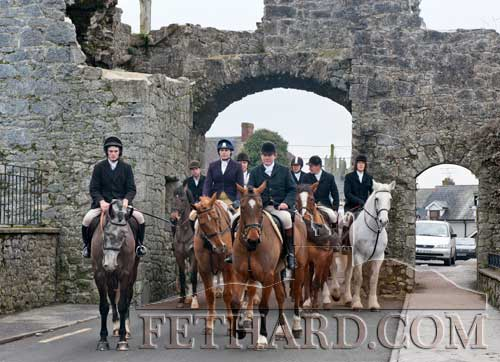 Tipperary Foxhounds making their way through Fethard's North Gate at their New Year's Day meet.