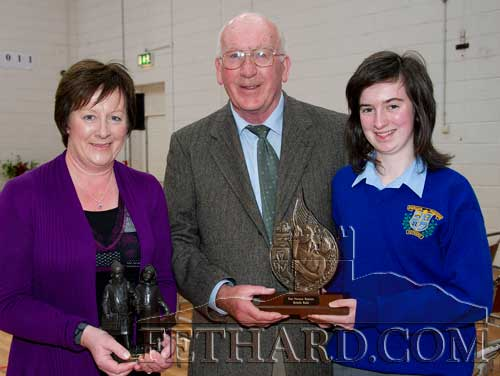 Paddy Broderick photographed with Michelle Walsh and her mother Mary. Michelle was the winner of the Paddy Broderick Perpetual Trophy for results in Geography in the Junior Cert Examination