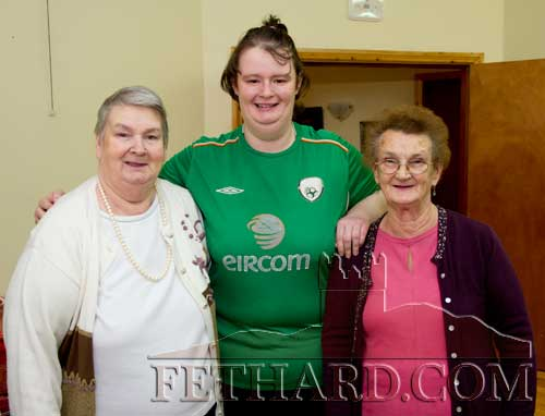 Photographed at the Fethard Day Care Centre Christmas Bazaar are L to R: Margaret Thompson, Ann Marie Needham and Eileen Ryan