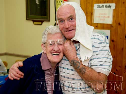 Photographed at the Fethard Day Care Centre Christmas Bazaar are L to R: Eileen Needham and Tony McGarry