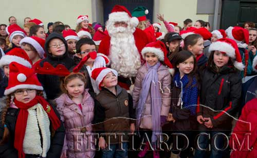 Santa photographed with children from Holy Trinity National School who sang Christmas Carols at the 'Festive Friday' celebrations in Fethard last weekend