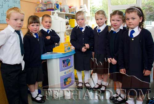 First day at school at Holy Trinity National School L to R: Leo Makhinya, Isabelle O'Donnell, Robert Thompson Brawders, Olivia Ward, Aoife Harrington, Zoë Prout and Nicole Murphy