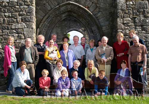 Pictured above are members and friends of Fethard Historical Society on their recent trip to Jerpoint abbey and Gowran Abbey. Back L to R: Catherine Corcoran, Gerry Long, Terry Cunningham, Jennifer Whyte, Tim Robinson, Ann Gleeson, Dóirín Saurus, John O'Flynn, Martin O'Shea, Catherine O'Flynn, Marie Moclair, Dennis Holland, Marie Hanrahan, John Slattery, Tommy O'Brien. Front L to R: Diana Stokes Richard Robinson, Joan Holland, Julia Holland, David O'Brien, Sr. Maria, Liz O'Brien, David Moclair and Mary Hanrahan.