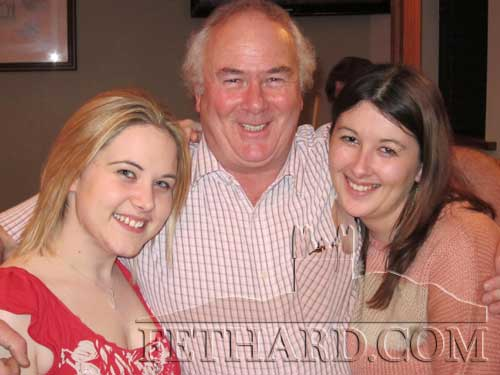 Photographed at the Table Quiz in aid of the Irish Wheelchair Association at Gaule's BAr Fethard are L to R: Siobhán Grant, John Ryan and Martina Ryan