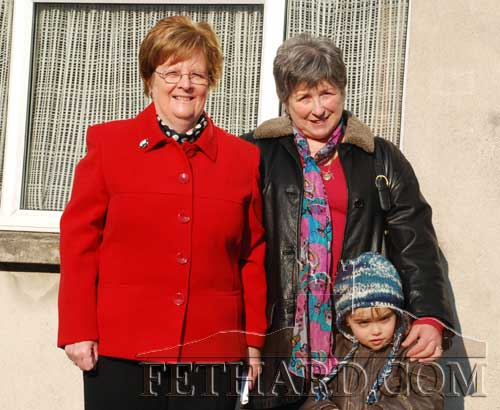 Photographed on Main Street after Sunday Mass are L to R: Margaret Phelan, Carmel Rice and her grandson, Sami Laaksonen.