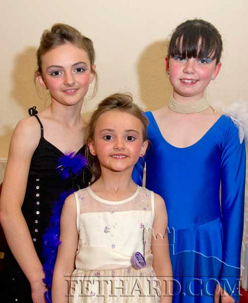 Taking part in Holy Trinity National School's 'Strictly Come Dancing' at Fethard Ballroom were L to R: Alison Connolly, Aine Connolly and Megan Hackett.