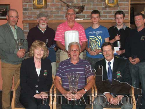Photographed at the presentation of prizes for the Gents Presidents Prize ay Slievenamon Golf Club are Back L to R: Robert Reid (3rd), David Forrest (Front 9), John Creed (2nd), James O'Meara (Gross), Rowan O'Neill (Back 9), Michael A O'Meara (Committee Prize). Front L to R: Margaret Lalor (President), Billy Phelan (Winner), Seamus McGowan (Captain).
