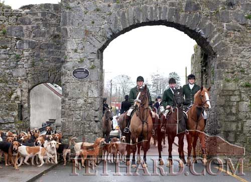 Photographed at the Premier Hunt Meet in Fethard last Sunday, February 5, are L to R: Tom Shanahan, James Murphy and Willie Carrigan. (photos taken by Larry Kenny)