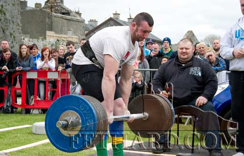 Daniel Gannon attempting a new Irish record lift at Irelands Strongest Man Qualifier at Fethard Town Wall