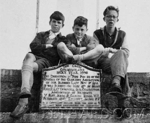Photographed at Holy Year Cross on Slievenamon in the 1960s were L to R: Tony Fitzgerald, Michael Barrett and Alan Power. If you have any old photographs for this year's Emigrant's Newsletter please send them on to: newsletter@fethard.com