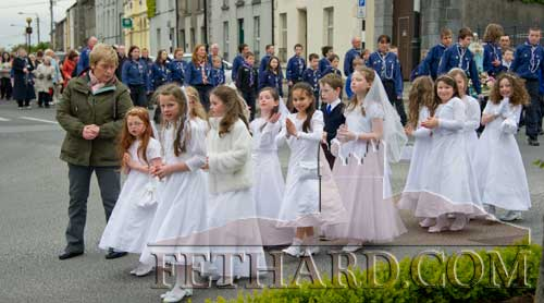 May Procession held in Fethard annually, from Holy Trinity Parish Church to the Augustinian Abbey.
