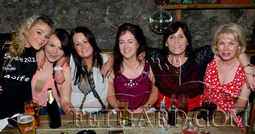 Supporting the Skydive fundraiser in Aid of Tipperary Branch of Irish Wheelchair Association L to R: Aoife Burke, Shannon Burke, Valerie Walsh, Roberta Ryan, Kathleen Burke and Claire Moore.