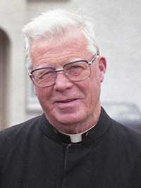 The death has occurred on December 5, 2013, of Bro. Ultan O'Mahony (aged 97), Patrician Brothers Monastery, Newbridge. Bro Ultan, along with Bro Paul and Br. Raymond, were the last Patrician Brothers to teach in Fethard before they left in July 1993 and the monastry was sold.