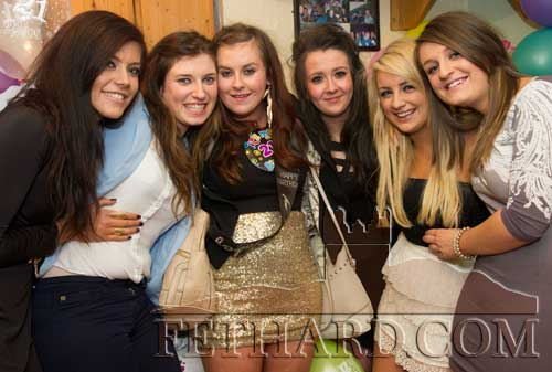 Kelly Fogarty photographed with her friends on the occasion of her 21st Birthday Party celebrated in The Castle Inn, Fethard last weekend L to R: Faye Manton, Hannah Daly, Kelly Fogarty, Emma Hayes, Jane Kenny and Jean Anglim