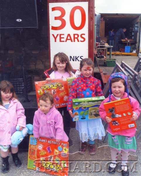 Some of the prize-winners celebrating '30 Years' at Fethard Car Boot Sale: Aishlinn Smee holding her teddy, Sarah O'Gorman, Sroirse, Caoimhe and Edbha Doyle.