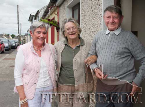 Photographed at the unveiling of a plaque in Clogheen to honour Con and George Moulson, Republic of Ireland Soccer Internationals (1939-1948) are neighbours L to R: Mary Power, Phil Keating and John Power.