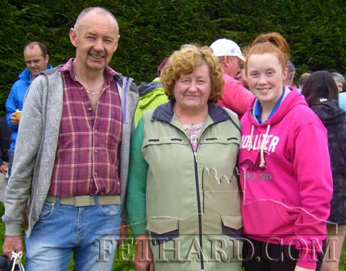 L to R: Billy Prout with his sister Bridget Cooney and his grand neice Louise Fitzgerald