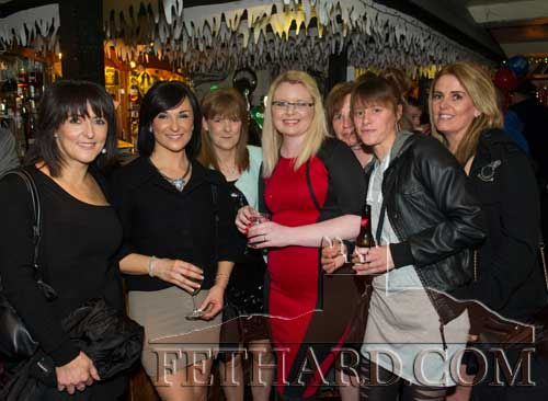 Members of the Allen family and friends enjoying the New Year in the Castle Inn L to R: Laura Allen, Wendy Allen, Mandy Allen, Tara Moriarty, Alice Feery, Lisa Doyle and Teena Dorney.