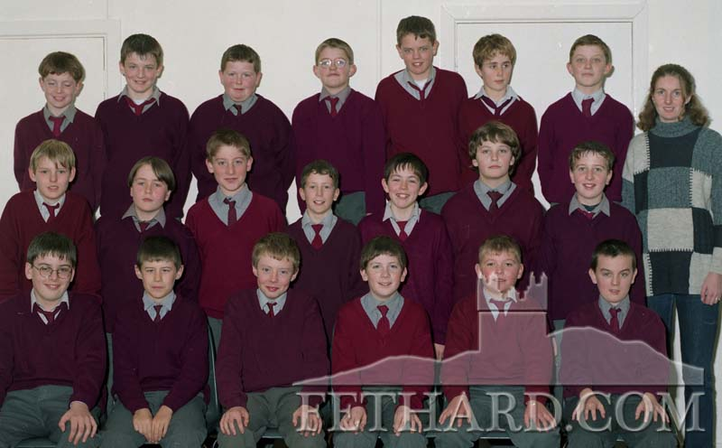 St. Patrick's Boys School Sixth Class, Fethard, taken November 1998. Back L to R: William O'Brien, Shane Walshe, Paul Kenrick, James Smyth, Ronan O'Meara, Brian Conway, Darren Sharpe and Catriona Horan (teacher). Middle Row L to R: Cian Moloney, Mike Kelly, Connie O'Flynn, David Sullivan, John Leahy, Gerard Walsh, Brian Kennedy. Front L to R: Michael Leahy, Damien Shine, Bill Walsh, Cathal Brett, Mark Lawless and Francis Lonergan.