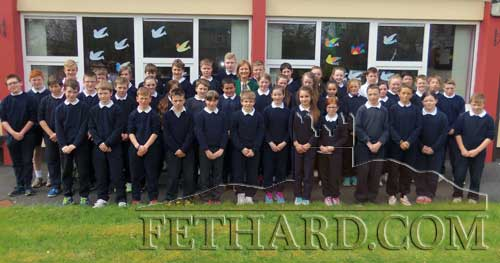 Deirdre Clune MEP, photographed with Holy Trinity National School's 5th and 6th classes on her recent visit to the school in Fethard