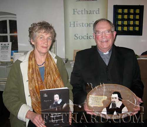 Photographed at the presentation of the 'Tipperariana Book of the Year 2014' are L to R: Dóirín Saurus, local potter who created the presentation piece, and Father Paddy Ryan, author of the winning book, 'Archbishop Miler Magrath The Enigma of Cashel'.