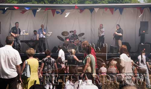 Blues Band, Mojo'd, entertaining the crowd at the festival