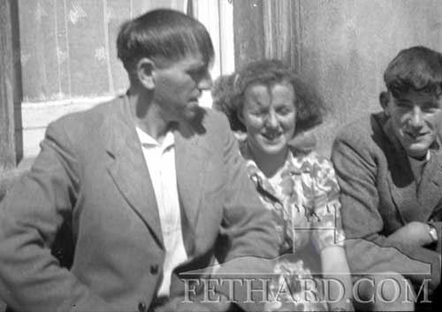 Anyone know these Fethard people c.1940s ?