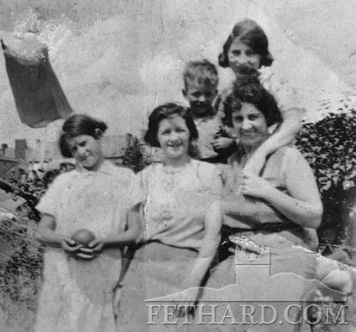 Maggie, Nora, Mary Ellen Sayers, Anita . Back Buddy and Annie (Sayers) Dalton. Taken: Valley
