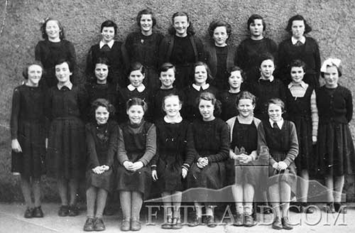 Presentation Convent school class group taken April 1956. Back: Stasia Whelan (Killenaule), Margaret Griffin, Patricia Ryan, Kitty Mai Barry, Eileen Hayes (Killenaule), Biddy Smith and Mary Cantwell. Middle: Alice Flynn, Mary O'Shea, Madeline Croke, Mary Tobin, Rita Kenny, Doreen Maher, Nan Sayers, Mary Sayers, Mary Murray and Alice Leahy. Front: Eileen Carey, Helen Fergus, Raphael Hanley, Geraldine Young, Ann Hurley and Maureen Moclair.